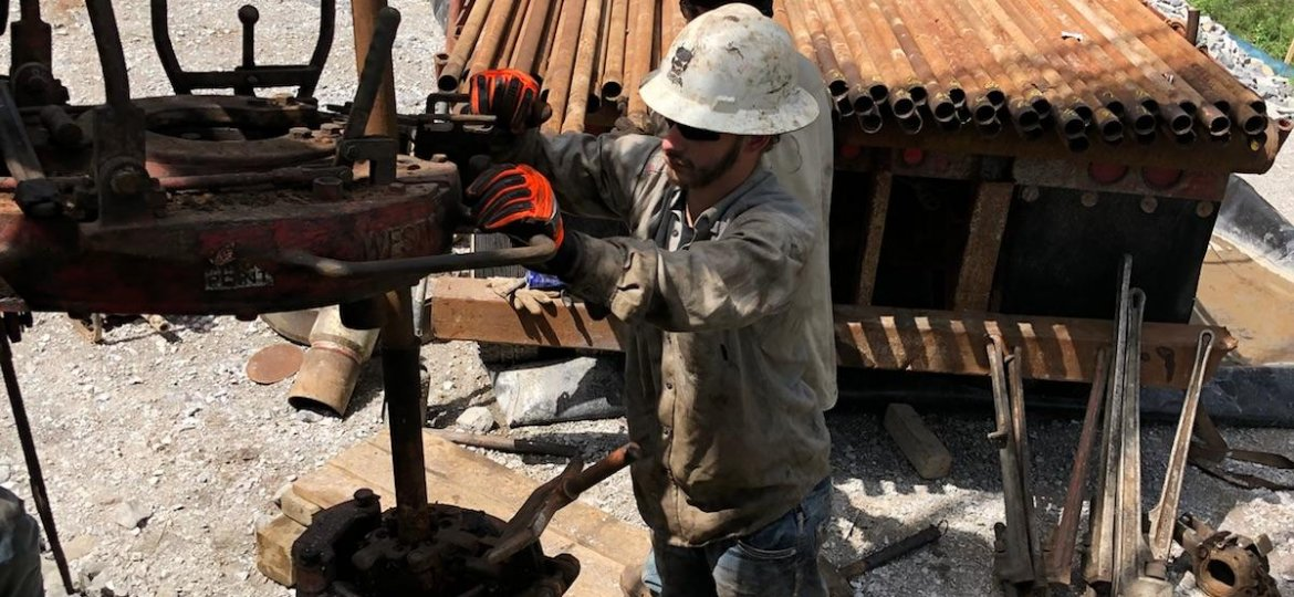 Hydrocarbon Well Services Cement Plugging