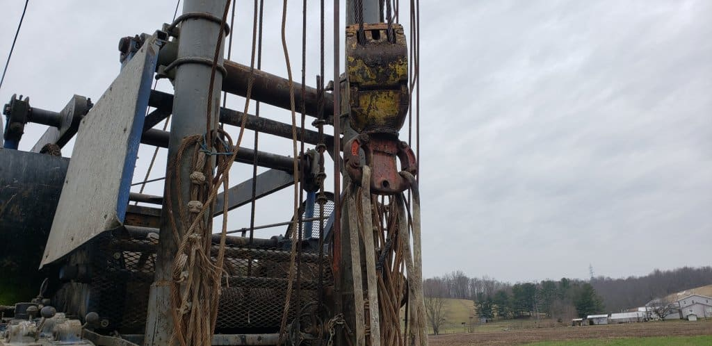 Plugging a well
